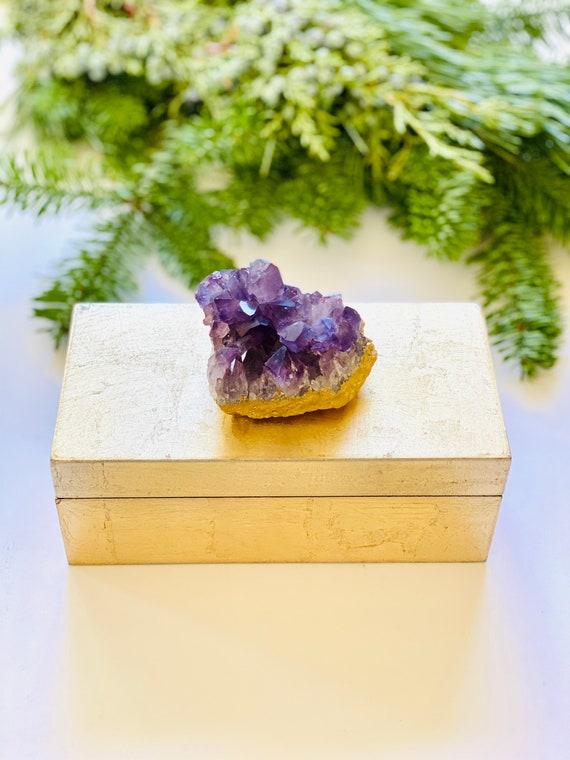 Gold Lacquer Box with Amethyst, Gemstone box, amethyst box, gift box, jewelry box, bridal box, ring box, crystal box, gold box