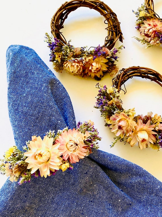 Napkin rings in Flowers, Botanical wreath, wreaths set of 4, napkin rings, ornaments, flower napkin rings, dried flowers, flower wreaths