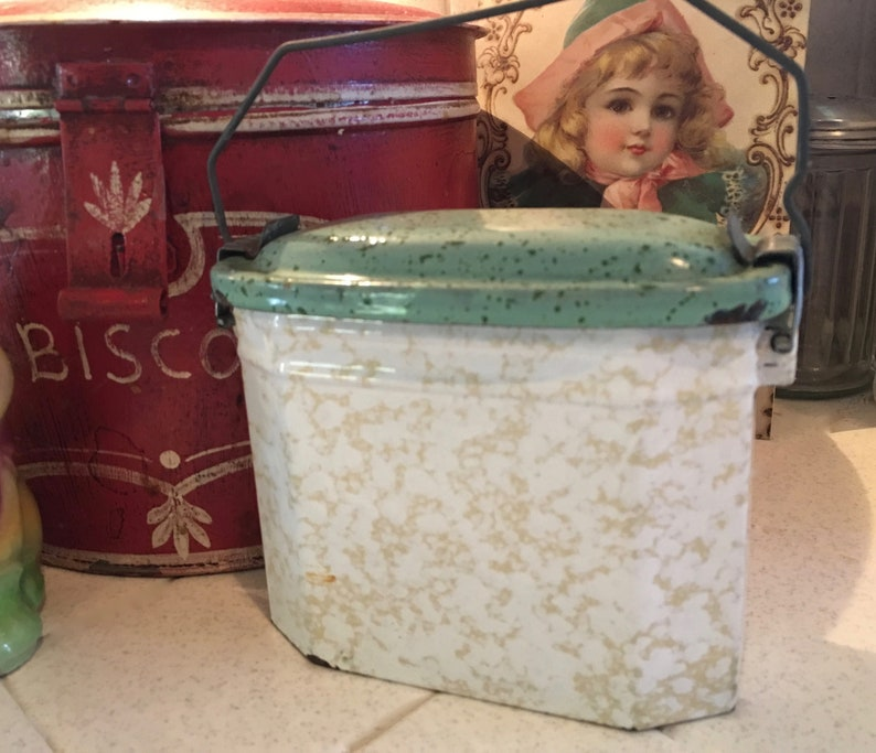 Nice Little Vintage French Graniteware Lunch Pail