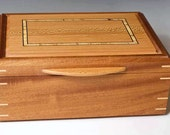 Jewelry Box made of Sapel...