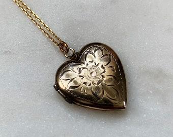 Vintage 10k Gold Sweetheart Locket c.1940s