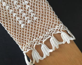 French vintage crochet hand made gloves tulips flowers embroidery