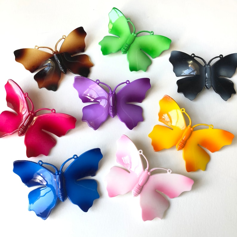 SET of 8 Vintage 70s Butterfly  brooches  plastic  painted Made in Japan NOS retro decoration