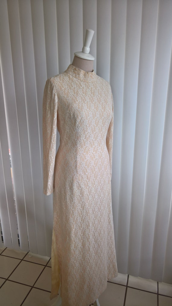 Peach and White Lace Vintage Cheongsam Dress Qipao