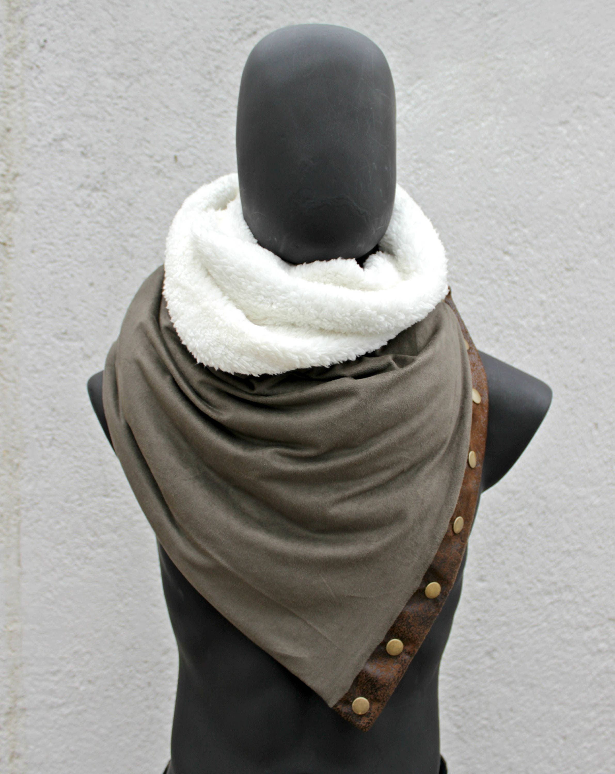 Men infinity scarf.Woman cowl,sage green faux suede & lamb fur,Vegan,metallic snaps,FAUX LEATHER,modern style,soft, cozy.Gift for her him