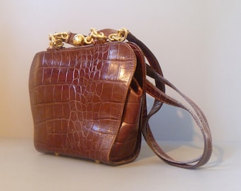 Exceptional Italian Leather Shoulder Bag   1960 Vintage   Made for  Bloomingdale s in Italy   Brass and Leather Strap c304907095891