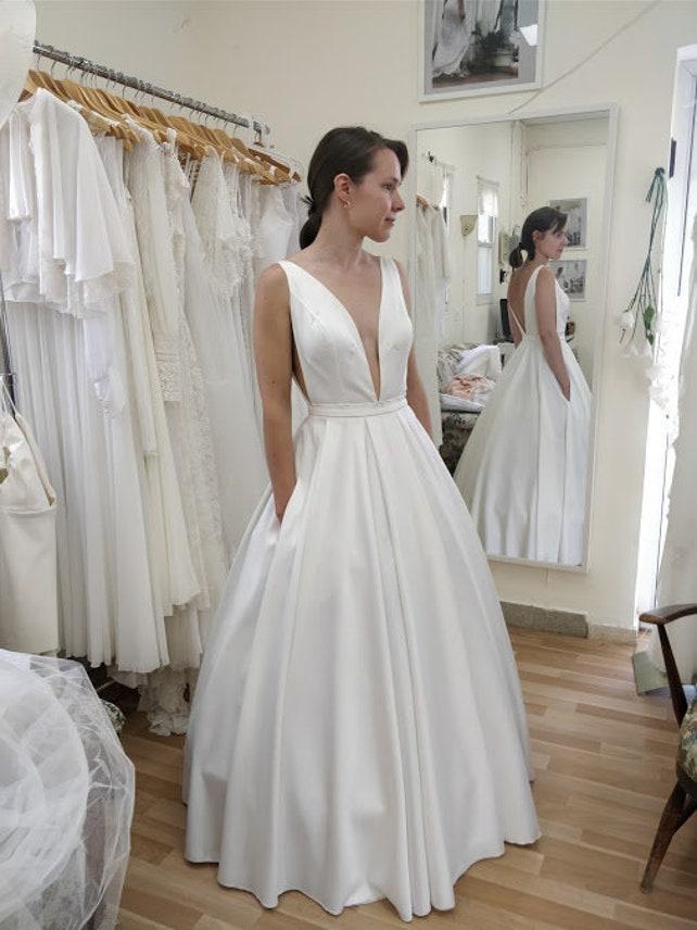 Bohemian Wedding Dress Wedding Gown Pockets Boho Wedding | Etsy