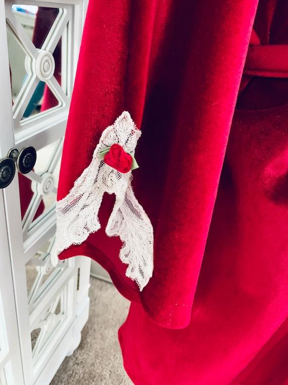 Vintage Lucie Ann Red Velvet Robe Large - image 5