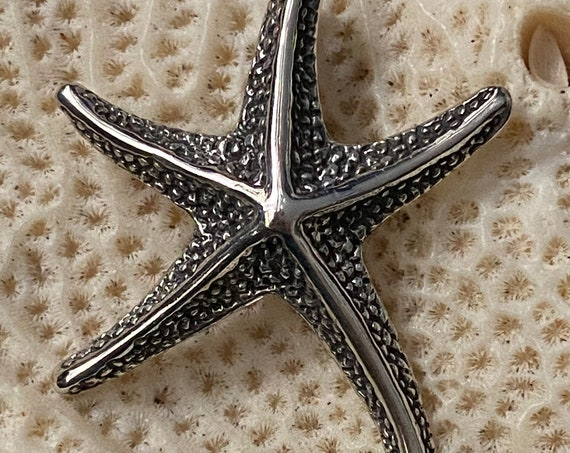 "Beautiful New ! Solid Sterling Silver Starfish Pendant 2 X 2.5 .Free Plated Sterling Silver Chain 18"". Free shipping !"