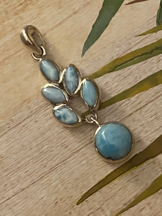 Larimar Flower Circle Pendant. The Caribbean Gemstone. 925 Sterling Silver. Free Silver plated Chain! Free shipping !
