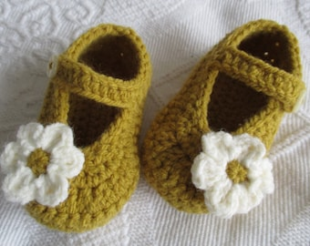 crochet baby shoes crochet Mary Janes; mustard baby shoes, baby girl shoes baby booties, flower baby slippers; ready to ship, uk seller