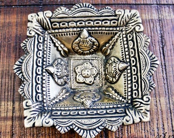 Brass Indian diya oil lamp, Solid Brass Carved Floral Crafted Oil Lamp, Brass lamp, Brass decorative plate, brass tray