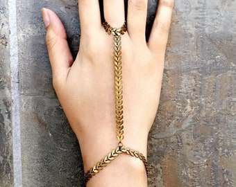 Distressed Bronze Arrows Hand Bracelet - Dusty Dirty Chevron Chain