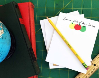 Personalized Teacher Notepad - Teacher Gifts - personalized gift - gift for teacher - teacher stationary - end of year gift - teacher -apple