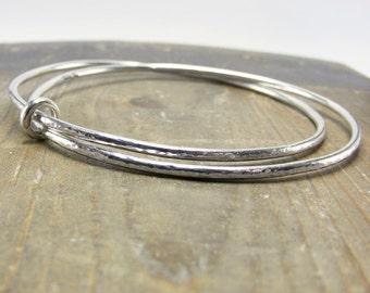 sterling silver double interlinked hammered bangle bracelet