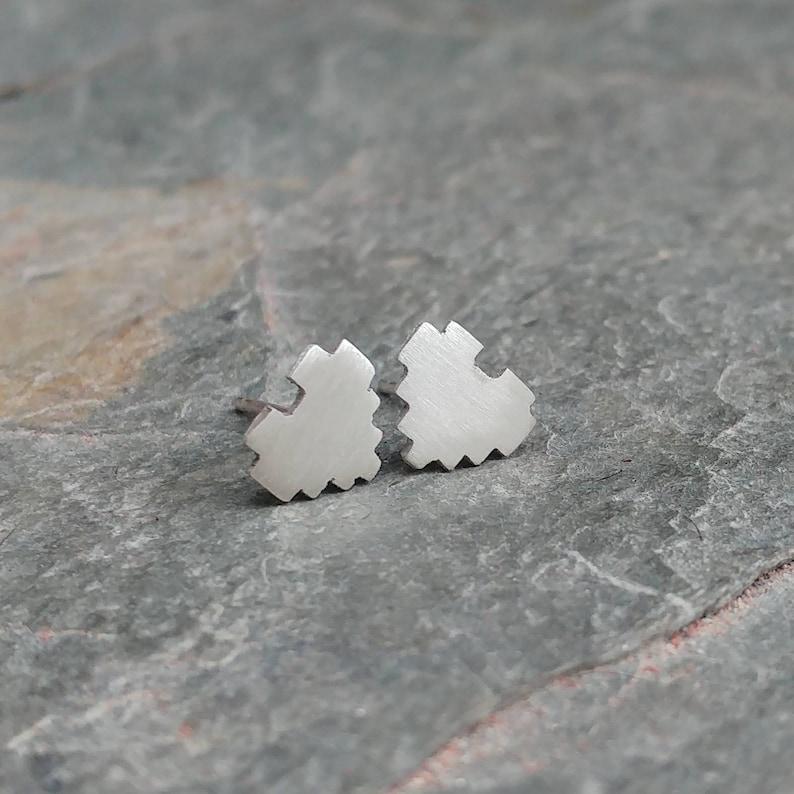Sterling Silver 8 Bit Heart Stud Earrings  Geek Gamer image 0