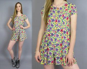 Vintage 90s Romper Yellow Floral Print Playsuit Jumpsuit Mini Culottes Shorts One Piece Outfit Shortalls Tie Back Rayon Onesie Dress NOS XS