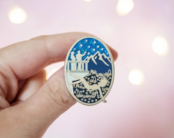 Throne of Glass and ACOTAR Crossover Enamel Pin