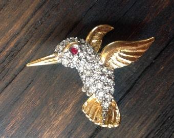 Vintage  rhinestone hummingbird brooch by BUTLER