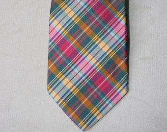 Brooks Brothers plaid 100% silk necktie . pre-owned