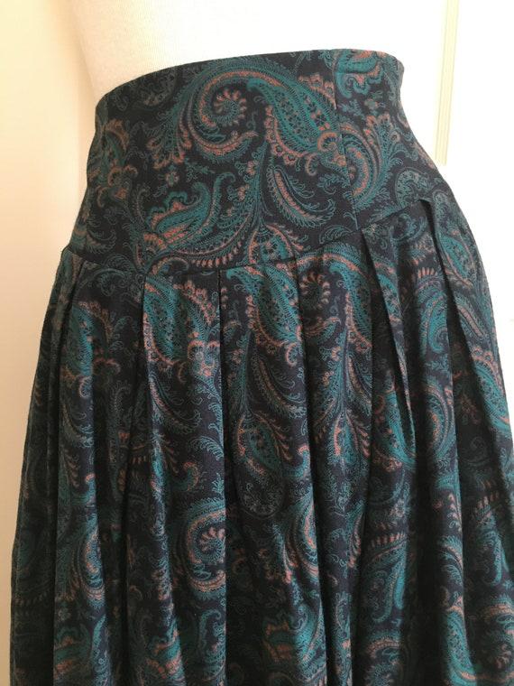 Laura Ashley paisley wool/cotton blend skirt