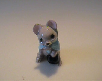 Retired Hagen Renaker Mouse in Bowler Hat