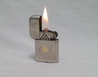 1940s Bowers No 10 Flip Top Lighter Made in USA - rehabbed with new flint, cleaned  - great daily user - SUPER CLEAN (BW004) - Polished