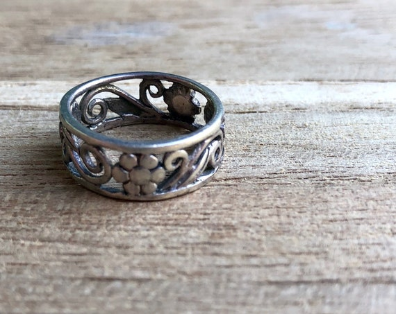 Vintage Floral Ring Silver Daisy Leaf Scroll Band Ring Opened Design Size 6.75 Ring 925 Silver Small Ring