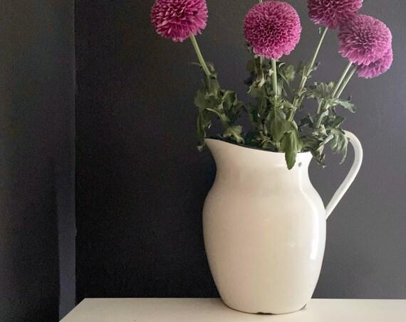 Vintage Enamelware Pitcher White Enamel Large Metal Pitcher Black Rim Farmhouse Decor Watering Can Flower Vase