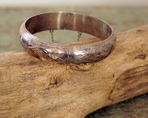 Vintage Silver Bracelet Etched Bangle Wide Hollow Scrolling Leaf Design 925 Sterling Bracelet with Safety Chain Closure