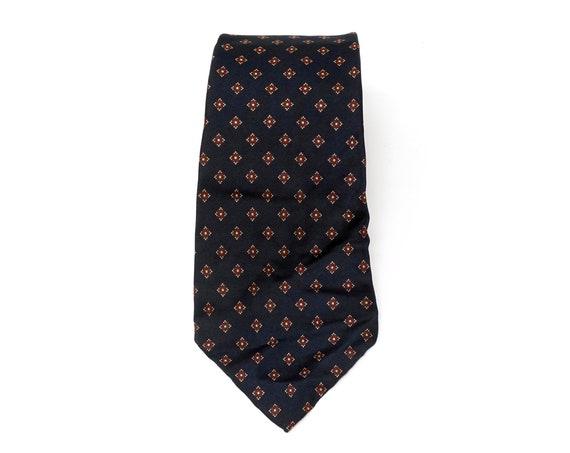Vintage Bill Blass Silk Tie Navy Blue Burgundy All Over Pattern Tiny Diamond Shapes Narrow Necktie Classic Preppy Print Menswear Accessory