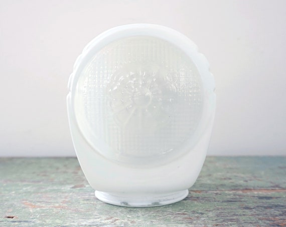 Vintage Glass Shade Wall Sconce Art Deco Opaque White Streamlined Globe Clear Daisy Grid Texture Headlight Style One Sided Wall Fixture 30s