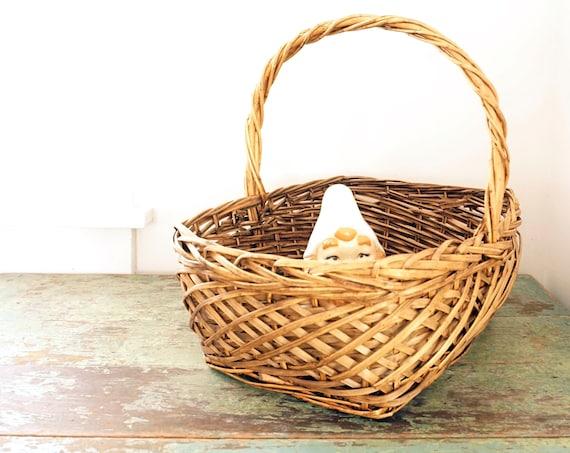 Vintage Basket Handled Large Rectangular Woven Carrying Basket Bentwood Twisted Handle Gift Basket Display Garden Picking Flower Rustic Tote