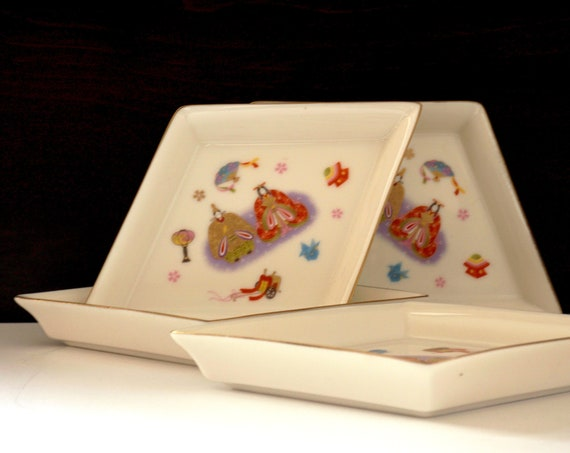 Vintage Dishes Diamond Shape Japanese Tiny Plates Girl's Day Dolls Dinnerware Rice Cake Ox Cart Crane Fan Lantern Oriental Shoyu Dishes of 4
