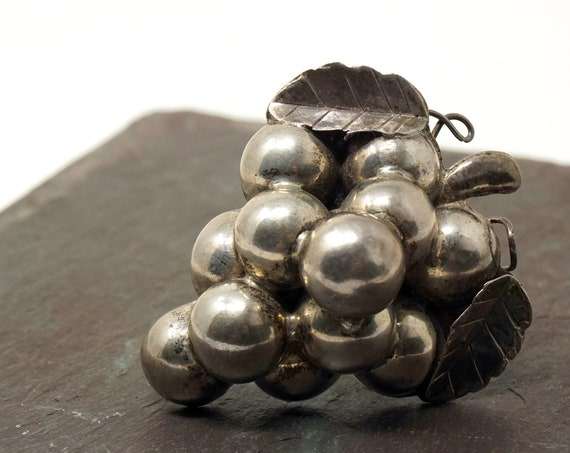 Vintage Grape Brooch Silver Hollow Pin Cluster of Grapes with Stem and Leaves Mexican Silver Jewelry Fruit