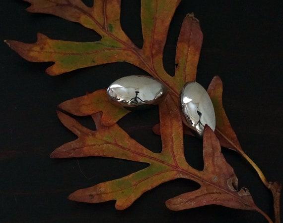 Vintage Silver Earrings Oval Puffy Hollow Oblong Orbs 1980s Post Back Earrings Pierced Egg Shaped Polished Silver