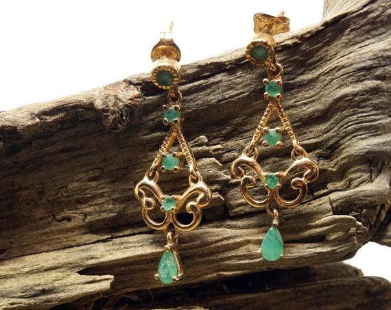 Vintage Green Stone Earrings Gold Toned Silver Dangling Earring Pair Faceted Polished Adventurine Small Chandelier 925 Sterling Brushed Gold