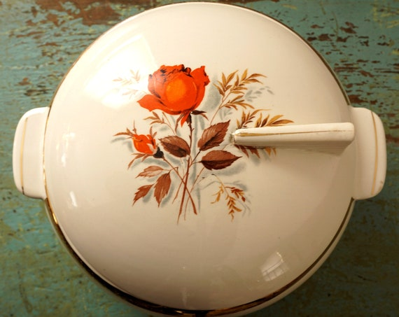 Vintage Covered Bowl Lamode Pattern Rare 1940s 50s Casserole with Lid Orange Rose Pattern Gold Band Off White Covered Server Deco Handle