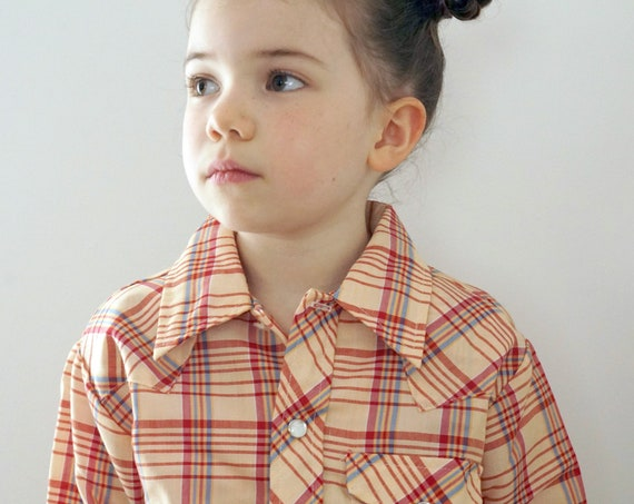 Vintage Kid's Shirt Plaid Button Front Beige Red Blue Western Style 70s Stir-Ups Long Sleeved Faux Mother of Pearl Snaps Cuffs Child Size 7