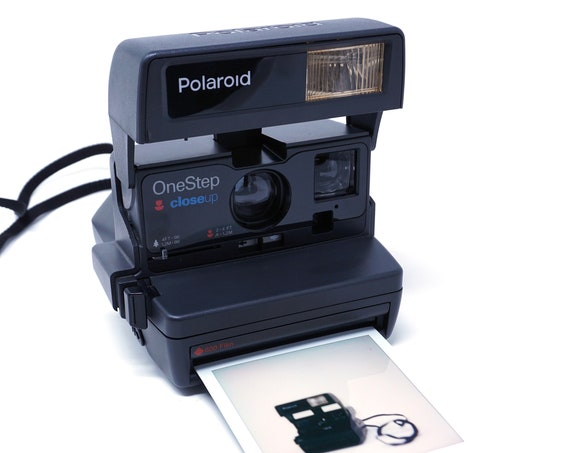 Vintage Camera Polaroid OneStep Close Up 1990s Instant Photography 600 Plus Series With Flash Retro Camera Tested In Working Order No Film