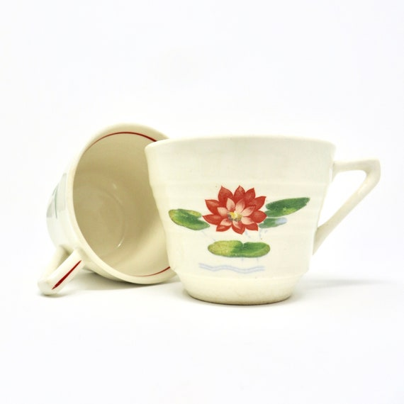 Vintage Water Lilies Tea Cups Red Rim Art Deco Salem Pattern 1930s Tiered Angular Design Set of Two