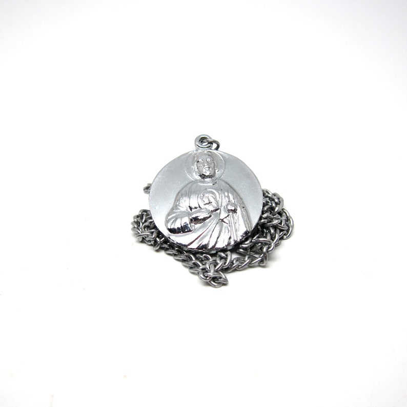 Vintage Christ Medal Silver Tone Religious Charm Necklace image 0