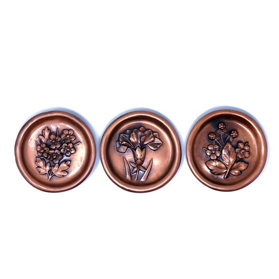 Vintage Wall Decor Small Plates Relief Floral Bronze Toned Set of 3 Dishes Tiny Decorative To Hang Buttercups Bouquet Carnation Raspberries