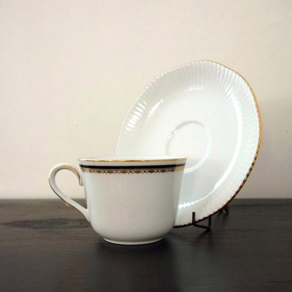 Vintage Noritake Tea Cup Saucer Set Mismatched Newburg White Scapes Pacific Hill Gold Contemporary Line Saucer Fluted Gold Rim Black Band