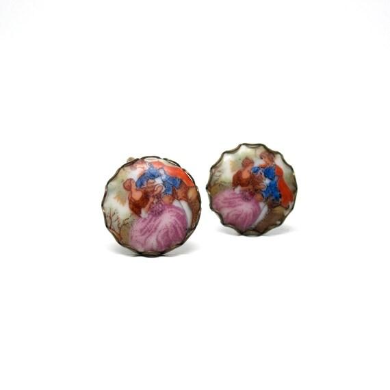 Vintage Earrings Victorian People Porcelain Screw Back