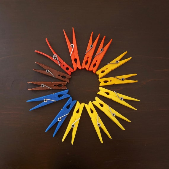 Vintage Clothespins Colorful Plastic Red Yellow Blue and Brown 1970s Lot of 14 Clothes Pins for Clothesline Hanging or Crafting Re-Purpose