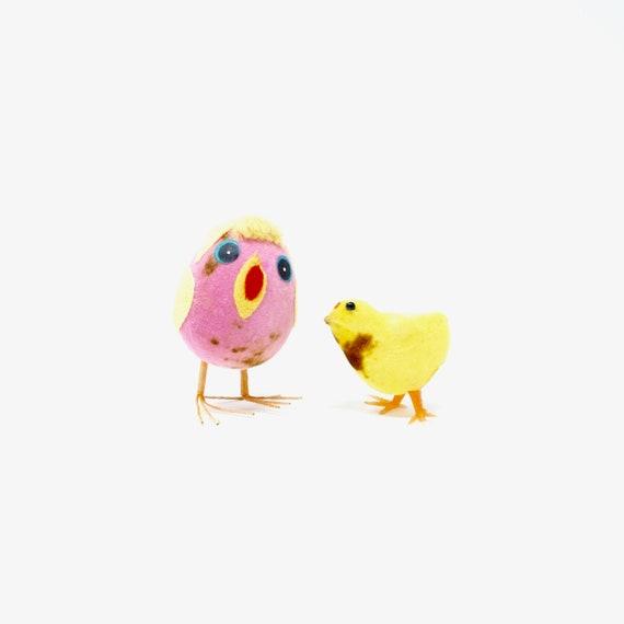 Vintage Easter Chicks Flocked Baby Chicken Plastic Pink Chick Styrofoam Egg Velvet Yellow Felt Wings Yarn Hair 1950s Kitsch Spring Critters