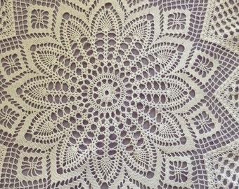 Victorian Patterned Lace Round Tablecloth