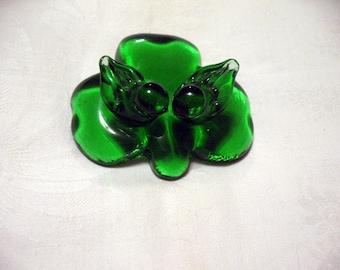 3x Glass Heart 4 Leaf Clover Charm Pendant Antique Bronze 28mm TSC46