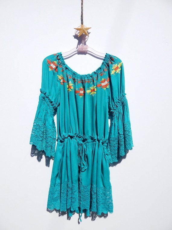 Embroidered Ethnic Mexican Dress / Tunic Top / Eth